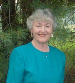Carolyn Guy.Head Shot